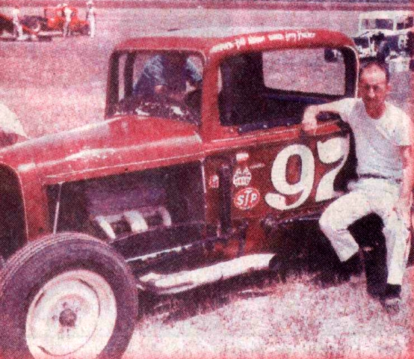 Sportsman Modified Jalopy Races At Hutchinson, Kansas On