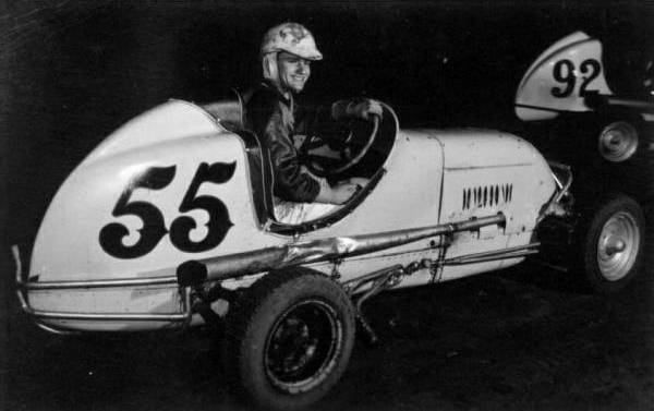 Race Car Place >> Sprint Car and Midget Races at Hutchinson, Kansas on September 19, 1960